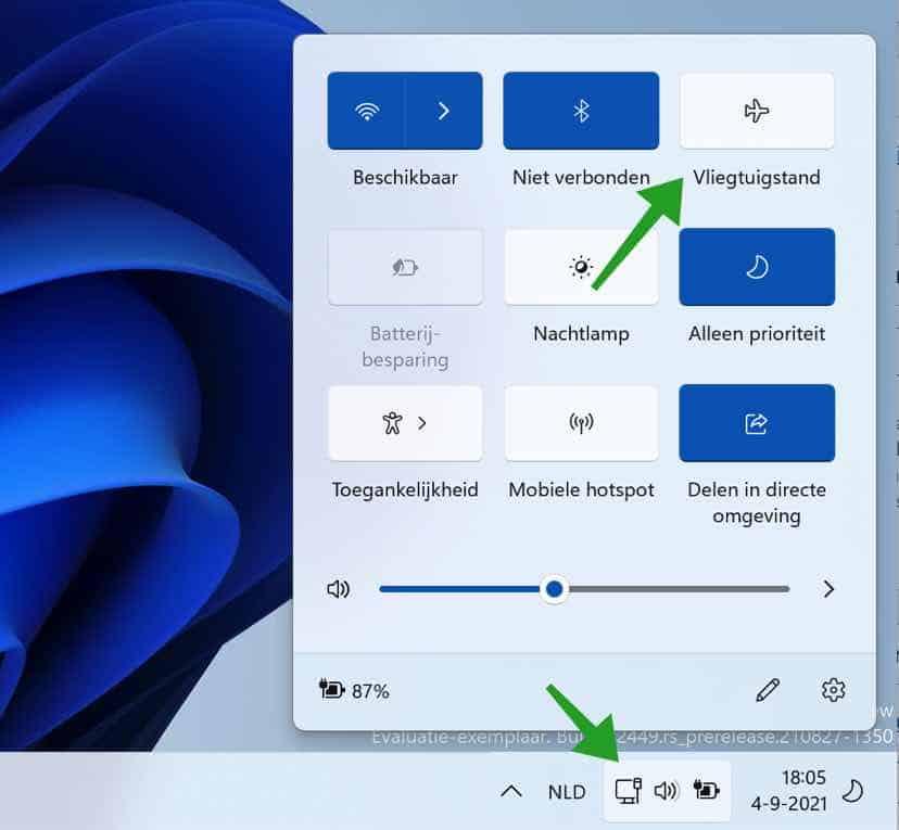 Vliegtuigstand inschakelen of uitschakelen in Windows 11